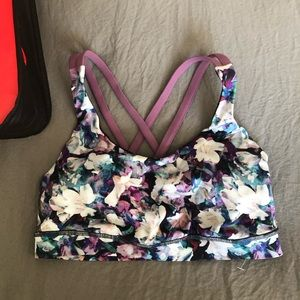 NWOT Lululemon Free to Be Moved bra size 6